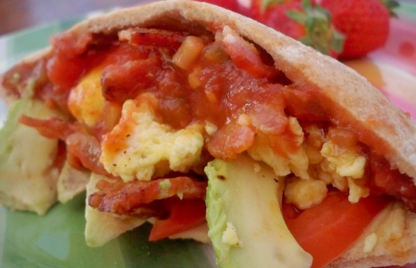 Breakfast-Pocket-Pita